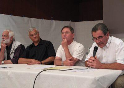 Georges Personnaz, Louis-Jean Gachet, Daniel Personnaz, Alain Filliol (au micro) célèbrent les 30 ans de BJA