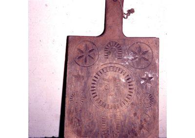 Planche sculptée