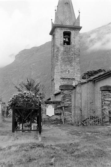 Bessans cimetière et clocherphoto Peter Guggenbühl 1967