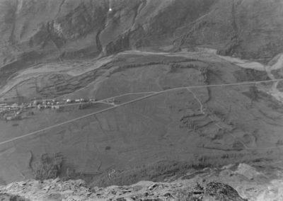 Bessans et Carreley depuis Tierce Sur le glacier de Rochemelon  photo Peter Guggenbühl 1967