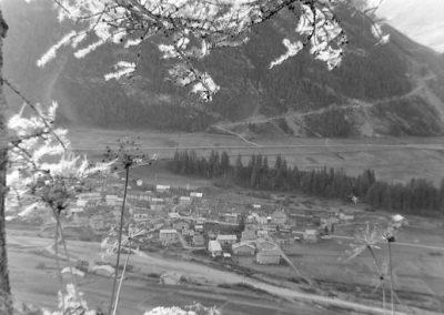 Bessans vu de l'adret photo Peter Guggenbühl 1967