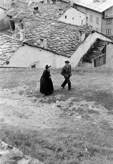 Damien Personnaz et une Bessanaise photo Peter Guggenbühl 1967