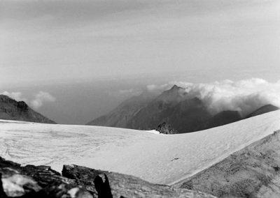 Sur le glacier de Rochemelon  photo Peter Guggenbühl 1967